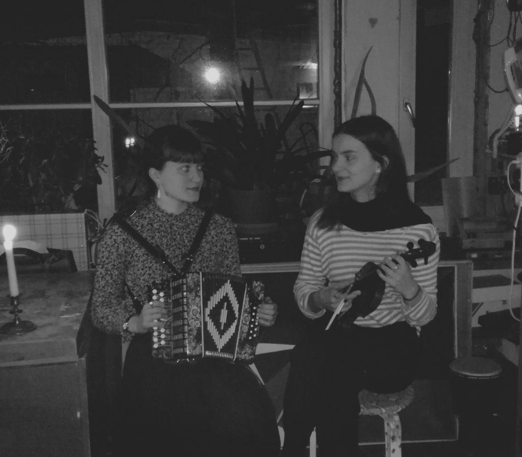 Natali ja Aneta Ponetajev